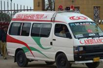 В Пакистане рейсовый автобус попал в аварию, погибли 13 человек