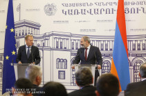 Tusk's unbalanced statements must give Armenian authorities food for thought: expert