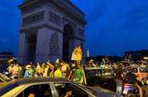 Ալժիրի հավաքականի երկրպագուները Փարիզում անկարգություններ են հրահրել