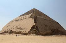 Пирамиды ждут туристов (Видео)