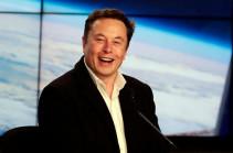 Илон Маск показал чип для чтения мыслей