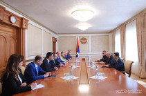 Бако Саакян принял делегацию Комиссии по регулированию общественных услуг Армении