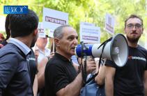Ռոբերտ Քոչարյանի աջակիցները ԲԴԽ-ին կոչ են անում տեր կանգնել իրենց լիազորություններին. Բողոքի ակցիա