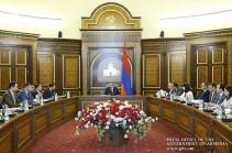 Որդեգրումների թեմայով վարչապետի մոտ խորհրդակցություն է տեղի ունեցել