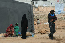Более 900 беженцев вернулись в Сирию за сутки