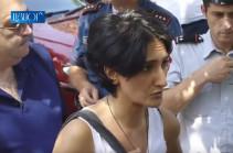 Начались репрессии, люди фактически хотят пройти на общественную территорию, но против них применяется насилие – Анна Шахназарян