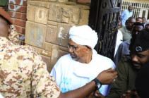 Sudan's ex-president 'got millions from Saudis'