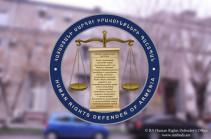 Группы быстрого реагирования направились в Арабкирское отделение полиции и в медицинский центр «Сурб Григор Лусаворич» – офис омбудсмена