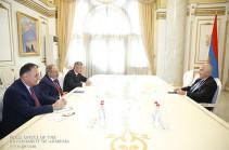 «Մենք Ձեզ համարում ենք Հայաստանի ժողովրդավարության բարեկամը». Վարչապետը հրաժեշտի հանդիպում է ունեցել Պյոտր Սվիտալսկու հետ