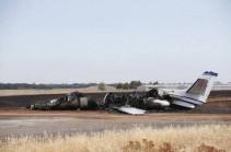 В калифорнийском аэропорту самолет сгорел на взлетной полосе