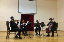 Հայաստանի պետական սիմֆոնիկ նվագախմբի երաժիշտները ելույթ են ունեցել Արցախում ծառայող զինվորների համար