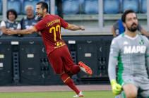 Мхитарян мастерски реализовал выход один на один в первом же матче за «Рому» (Видео)
