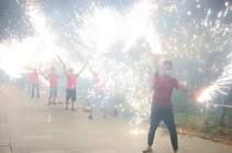 Пряники, фонарики и фейерверки: как в Китае проходит Праздник середины осени. Видео