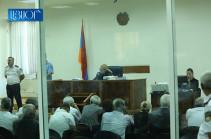 Քոչարյանի խափանման միջոցը գրավով փոխելու հարցով դատավորը հեռացավ խորհրդակցական սենյակ