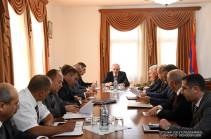 Բակո Սահակյանի մոտ քննարկվել է ռազմավարական զորավարժությունների անցկացման հարցը
