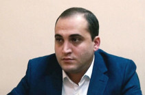 Driver of car with #sutnikol writ beaten, taken to police department: Narek Samsonyan