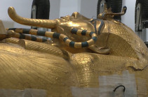 На саркофаге Тутанхамона восстановят позолоту спустя почти 100 лет после обнаружения (Видео)