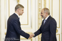 Russian Railways company's CEO presents to Armenia's PM key condition for continuing upgrading program of Armenian railway infrastructures