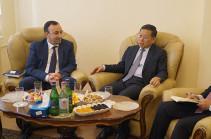 ՍԴ նախագահ Հրայր Թովմասյանն ընդունել է Չինաստանի դեսպանին