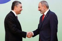 Փաշինյանն Աշխաբադում հանդիպել է Թուրքմենստանի նախագահին