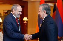 Աշխաբադում կայացել է Հայաստանի վարչապետի և Ուզբեկստանի նախագահի հանդիպումը