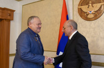 Bako Sahakyan receives Russia's State Duma member Konstantin Zatulin