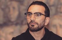 Դերասան Ռաֆայել Երանոսյանը պատրաստ է ապաստարանով և աշխատանքով ապահովել Սիրիայից Հայաստան եկած ընտանիքի