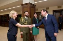 Դավիթ Տոնոյանը կարևորել է Հայաստանի և Լիտվայի պաշտպանության նախարարների կանոնավոր երկխոսությունը
