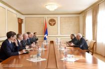 Посредники МГ ОБСЕ представили ряд идей по вопросу арестованных в Карабахе и Азербайджане лиц