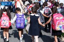 Քրոնիկ հոգնածություն, ցավեր, ողնաշարի մկանների անհամաչափ զարգացում. դպրոցական պայուսակների ծանրության հետևանքները (Տեսանյութ)