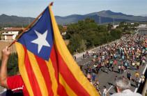 В Каталонии почти 25 полицейских пострадали в ходе ночных протестов