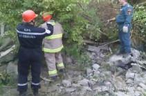 Спасатели извлекли из-под завалов двухэтажного дома в Капане второе тело