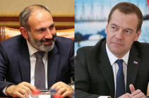 Pashinyan, Medvedev discuss issues on development of trade-economic relations