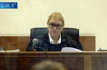Адвокаты второго президента Армении Роберта Кочаряна представили  судье Анне Данибекян ходатайство о самоотводе