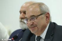 Вазген Манукян заявил о прекращении своих полномочий в должности председателя Общественного совета Армении