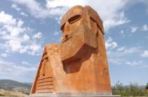 Официальный Азербайджан манипулирует цифрами и понятием «беженцы из Карабаха»