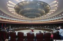 Общественно-политический клуб «Вернатун» не принадлежит какой-либо политической силе, он для всех – Вазген Манукян