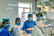 Համալսարանական նյարդավիրաբույժները 5 ժամից ավելի տևած բարդ վիրահատությամբ կանխել են կաթվածի ռիսկը