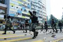 Hong Kong Polytechnic University: 100 protesters still inside as standoff continues