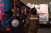 11 человек погибли после столкновения трех автобусов в Мексике