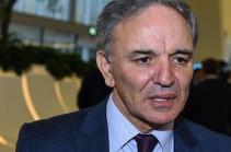 Афлатун Амашов запутался. О взаимном визите журналистов из Армении и Азербайджана