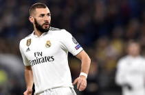 «Реал» готов продлить контракт с Бензема на 2 года с повышением зарплаты
