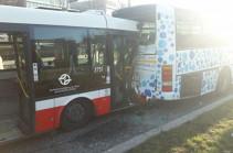 Պրահայում ավտոբուսի վթարի հետևանքով տուժել է 18 մարդ, նրանցից 13-ը՝ երեխաներ են