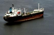 Pirates kidnap 19 crew members from Greek tanker off Nigeria