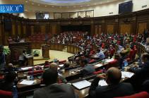 Парламент Армении принял законодательный пакет о внедрении балльной системы для водителей