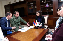 Armenia's DM, ICRC Armenian delegation discuss fates of Armenian citizens arrested in Azerbaijan