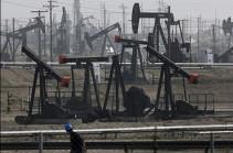Мировые цены на нефть незначительно растут