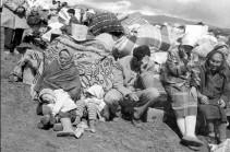 Почему бакинские сми используют фотографии армянских беженцев, а не своих?