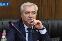 «Ես կզարմանայի, որ Ձեր հեռուստաընկերությունն այլ հարց տար». Անդրանիկ Քոչարյանին զայրացրեց զոհված զինծառայողի ծնողների բողոքի մասին լրագրողի հարցը