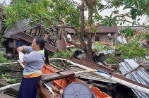 Typhoon Phanfone: Philippines counts cost of deadly storm